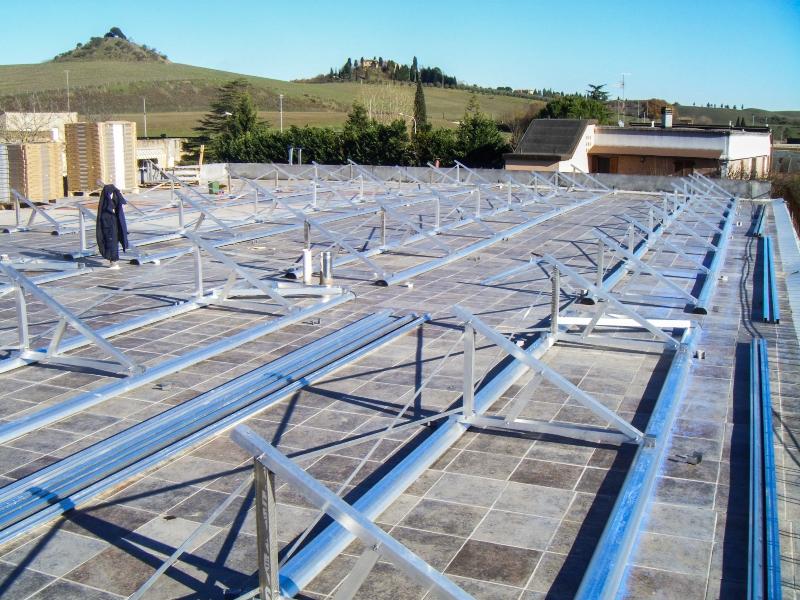 Impianti Fotovoltaici Per Risparmiare : Impianti fotovoltaici di potenza e kwp su